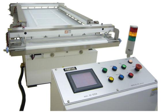 自動油圧式紗張機
